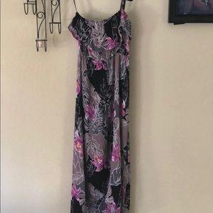 Mimi Chica Hawaiian HighLow spaghetti strap dress